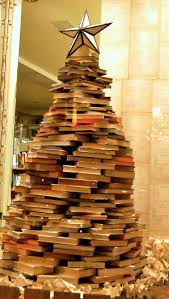 17 diy instructions and ideas to make a christmas tree with books