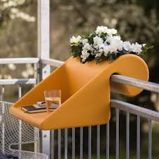 10 easy pieces balcony tables for railings gardenista