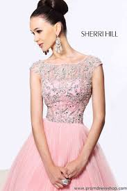 hill dresses trend