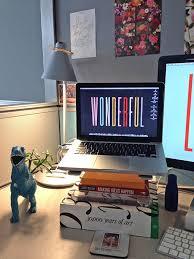 Cool Things For Office Desk Adorable Office Desk Decor Ideas Desk Decorating Ideas Workspace