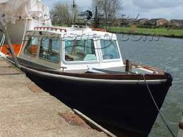 river thames boat brokers thames ex police launch for sale 9 20m 30 2 1964