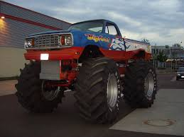 bigfoot monster truck museum the world u0027s best photos of germany and monstertruck flickr hive mind
