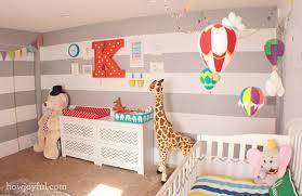 chambre cirque chambre enfant cirque mon bébé chéri bébé