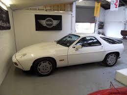 porsche 928 white 928 s 4 7 v8 auto grand prix white navy leather