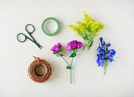 flower bracelet diy images Make this diy summer statement jewelry using fresh flowers jpg