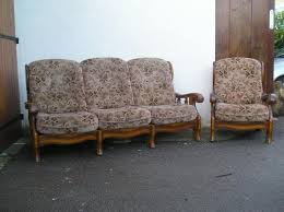 canape rustique canapé rustique et ses 2 fauteuils ameublement maison