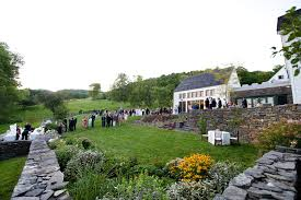 wedding venues in vermont why rent an estate through estate weddings and events vs a