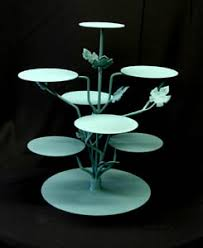 tiered cake stands cake bakers who do not charge by slice do they exist weddingbee