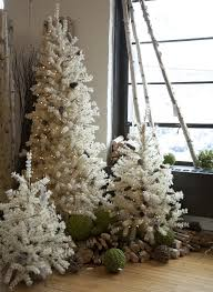 lightly flocked christmas tree flocked butte pine tree w pine cones and lights 3 sizes wholesale