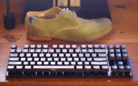 minimalist keyboard neo zelia keyboard with cherry blacks wireless keyboards