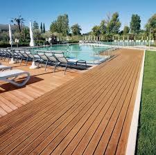 pavimenti in legno x esterni pavimento in legno massello per esterni