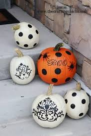Small Pumpkins Decorating Ideas 35 Spooky Halloween Door Decorations Holidays Halloween Door