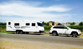 grand cherokee 4x4 diesel shows muscular class as heavy hauler