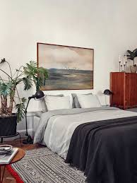 bedrooms wall mural hardwood flooring contemporary bedding wall mural hardwood flooring contemporary bedding pedestal table king size bed palm tree small pillows