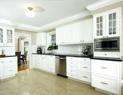 crown molding kitchen cabinets pictures kitchen cabinet crown molding crown molding on kitchen cabinets