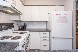 kitchen cabinets abbotsford ranj takhar 202 33675 marshall road abbotsford mls r2214048