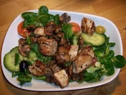 cuisine bavaroise salade bavaroise au poulet grillé et chignons comme au biergarten
