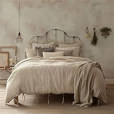 How To Make A Bed With A Duvet Best 25 Sham Bedding Ideas On Pinterest Bed Pillow Arrangement
