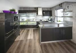 stratifié dans cuisine sol stratifie cuisine sol parquet stratifie pour cuisine cethosia me