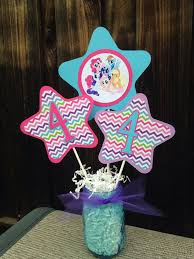 Centerpieces Birthday Tables Ideas by Best 25 My Little Pony Decorations Ideas On Pinterest My Little