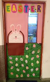 Easter Decorating Ideas For Bulletin Boards by 80 Best Easter Boards Doors Ideas Images On Pinterest