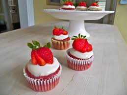 red velvet cupcakes with cream cheese icing a baking