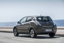 nissan leaf key battery nissan leaf seduces with a new longer range driving plugin