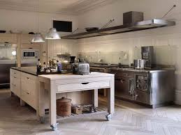 Kitchen Island With Wheels Kitchen Island On Wheels Types Advantage Buying Kitchen Island