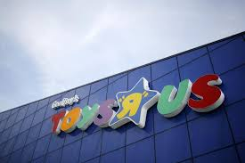 toys r us files for bankruptcy but will keep stores open