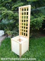 Wooden Planter With Trellis Diy Trellis Planter Hometalk