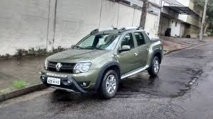 renault duster 2017 automatic renault duster oroch carries over virtues and defects from the suv