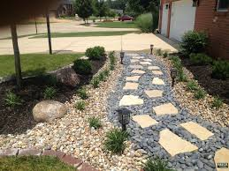 Patio And Walkway Designs by Flagstone Walkway With Mexican Beach Pebbles Breck Outdoor