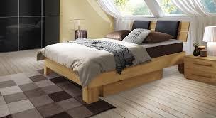 Schimmel Im Schlafzimmer Am Boden Boxspringbetten Mit Bettkasten Wie Sinnvoll Ist Diese Variante