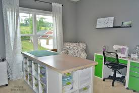 Craft Room Images by Craft Tables With Storage Attempting To Organize Your Creativity