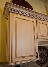 How To Antique Glaze Kitchen Cabinets Best 25 Glazed Kitchen Cabinets Ideas On Pinterest Refinished