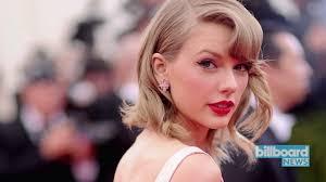 Bridge Of Light Lyrics Taylor Swift U0027s U0027look What You Made Me Do U0027 Lyrics Billboard