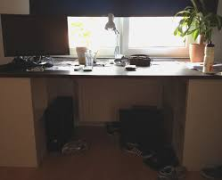 wohnzimmer pc selber bauen schreibtisch selber bauen ikea kazanlegend zum pc schreibtisch