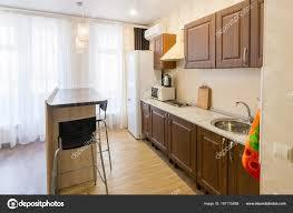 cuisine avec bar comptoir intérieur de cuisine avec un bar comptoir dans l appartement