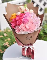 how to send flowers best 25 send flowers ideas on leather scraps online