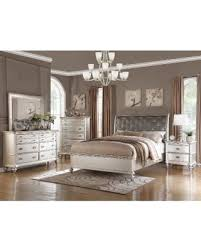Cal King Bedroom Sets by Halloween Special Saveria 5 Piece Bedroom Set Saveria 5 Piece