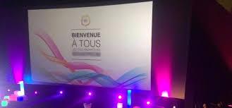 Le Violet Lui Donne Du Caractère De L Agence 18 Avril à Lyon 02