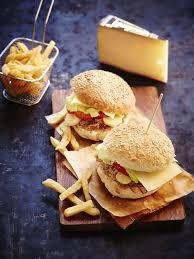 cuisiner un hamburger hamburger à l effiloché de confit de canard