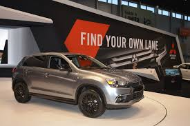 outlander mitsubishi 2017 2017 chicago auto show this is the all new 2017 mitsubishi s