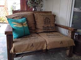 Pallet Sofa Cushions by Diy Pallet Xl Chair With Burlap Sack Cushion 101 Pallets