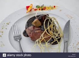 pat e cuisine filletto rossini fillet steak with croutons topped with pate and