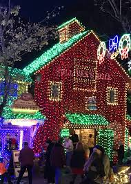 branson drive through christmas lights when you need a little christmas head to branson missouri