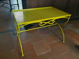 table formica jaune vintage anticdeco