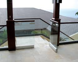 Glass Banisters For Stairs Crl Arch Frameless Glass Railing Systems Glass Railings