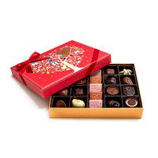day chocolate s day assorted chocolate gift box 21 pc godiva
