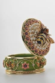 best 25 trinket boxes ideas on pill boxes vintage